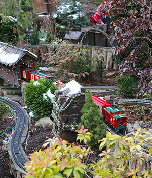 Holiday Garden Rail Seasonal Opening